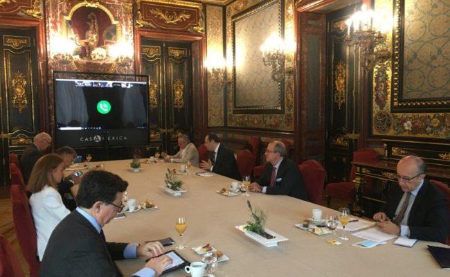 Foto Reunión con Luis Carranza II web